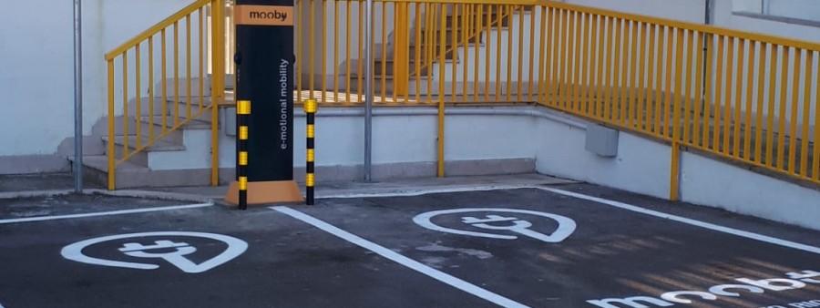 Stazione Ricarica auto elettrica 2